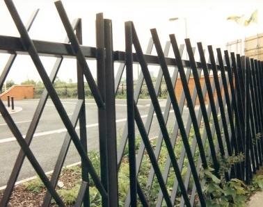 Bespoke Steel Railing RL001