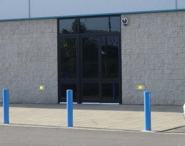 Bollards at Showcase Cinema BL011